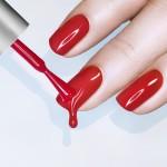 Красим ногти правильно и аккуратно