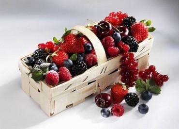 ягоды для зоны декольте