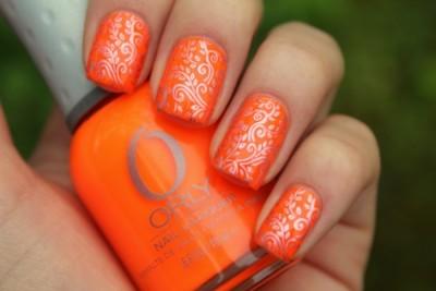Маникюр оранжевый с