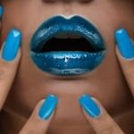 маникюр голубого цвета
