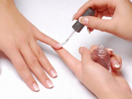 как наносить на ногти биогель