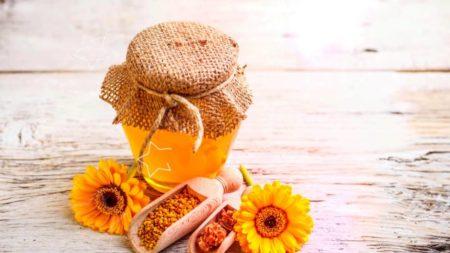 мед для гладкости пяток