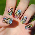 Дизайн ногтей витражным гель-лаком