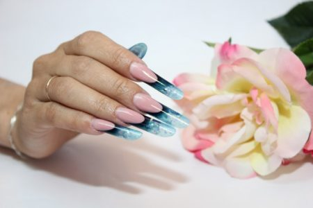 арочное наращивание ногтей