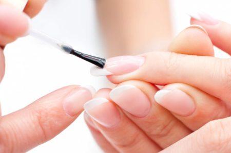 биогель для укрепления ногтей