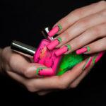 Яркие ногти с арбузным рисунком
