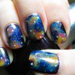Космический маникюр: вся галактика на ногтях