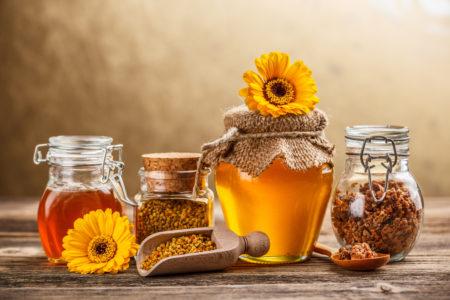 Сладкая и полезная ванна с медом для вашего тела
