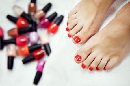 Как нанести гель-лак на ногти ног